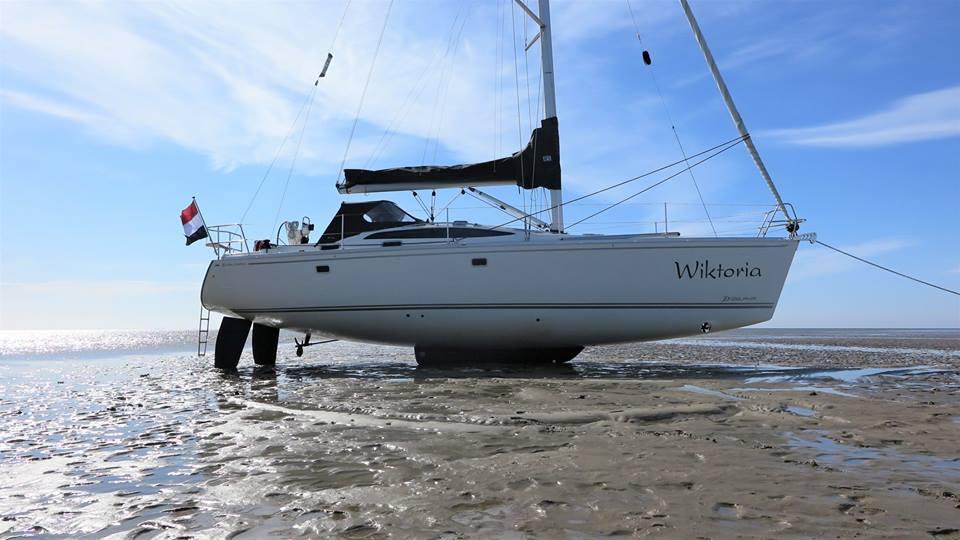 tornado sailing passie voor zeil en motorjachten delphia yachts. Black Bedroom Furniture Sets. Home Design Ideas